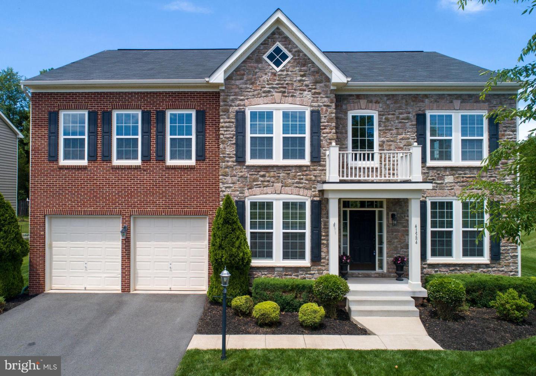 Single Family for Sale at 41584 Goshen Ridge Pl Aldie, Virginia 20105 United States