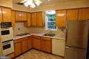 Kitchen - 3827 N ABINGDON ST, ARLINGTON