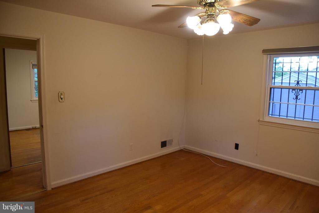 Master Bed room - 3827 N ABINGDON ST, ARLINGTON
