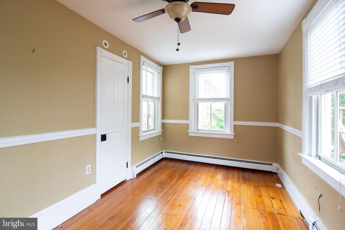Additional photo for property listing at Address Restricted  Lambertville, New Jersey 08530 United States