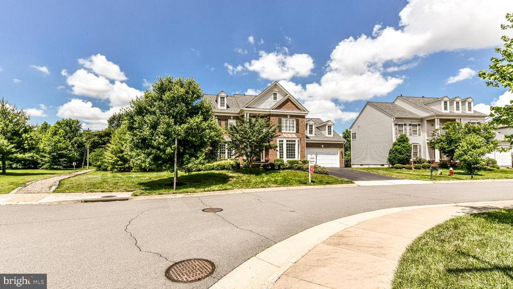 Street View - 20593 BLUE WATER CT, ASHBURN