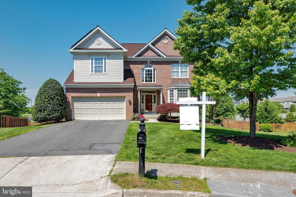 Welcome home! - 1709 FAIRLEIGH CT NE, LEESBURG