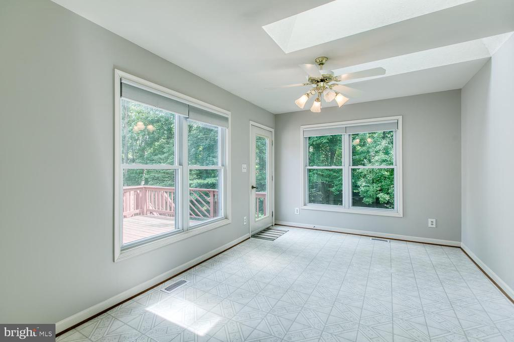 Light Filled Sunroom with Skylights - 6814 ORCHID LN, FREDERICKSBURG