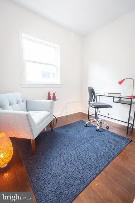 Study/Den - more living space! - 3659-3661 HORNER PL SE, WASHINGTON