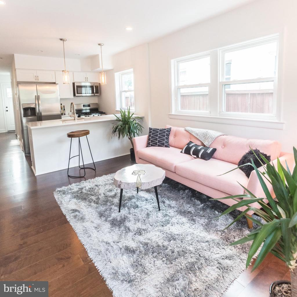 Combined Kitchen/Living - 3659-3661 HORNER PL SE, WASHINGTON