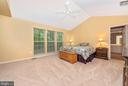Master Bedroom has vaulted ceiling, big windows. - 1706 DEARBOUGHT CT, FREDERICK