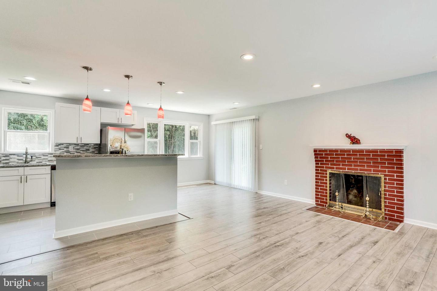 Additional photo for property listing at 4611 Eaton Dr Suitland, Maryland 20746 United States
