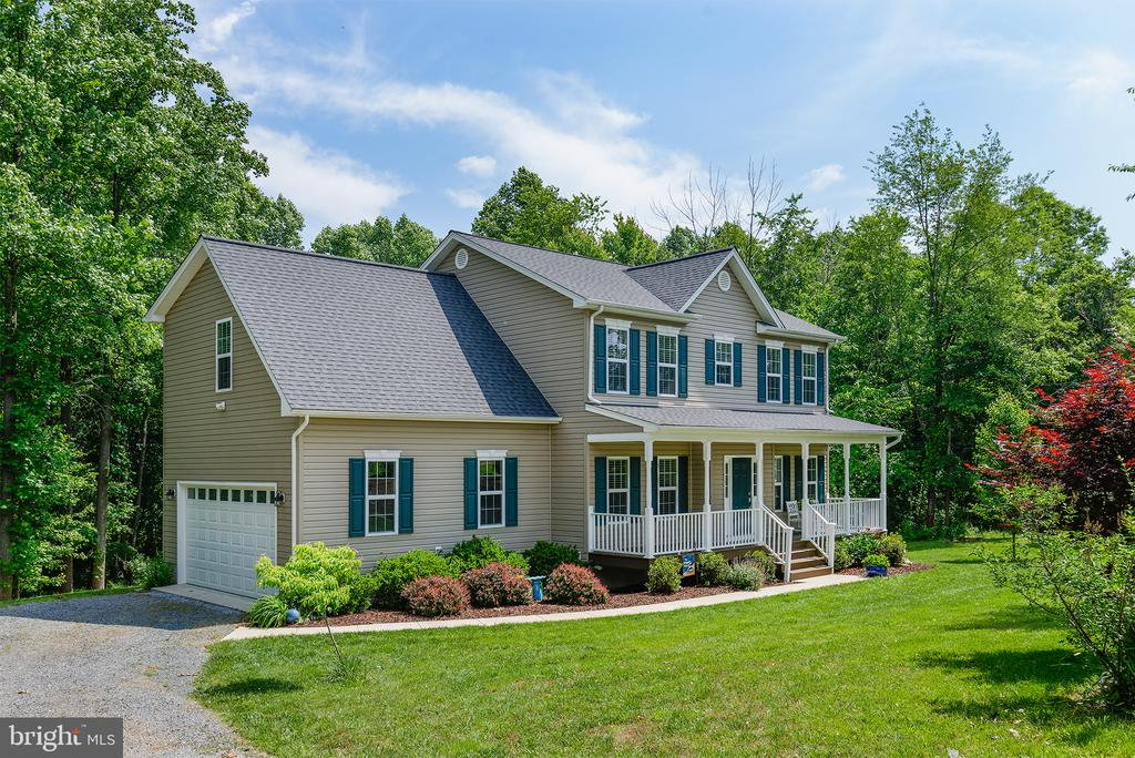 5 year old home on a private 14 acre lot -No HOA - 16339 WOODGROVE RD, ROUND HILL