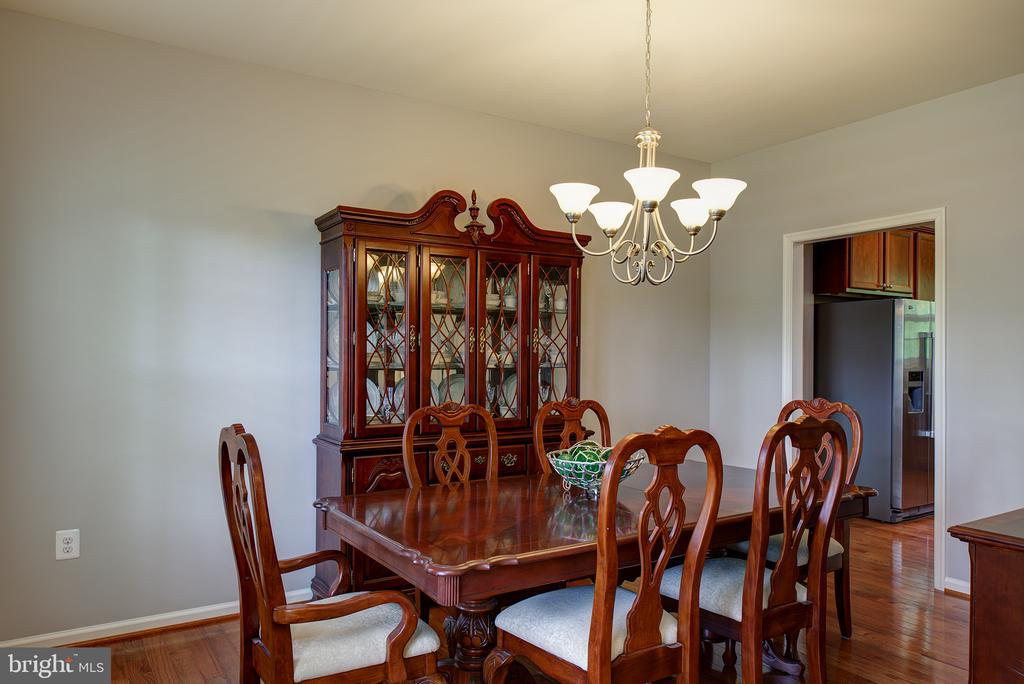 Formal Dining Room - 16339 WOODGROVE RD, ROUND HILL