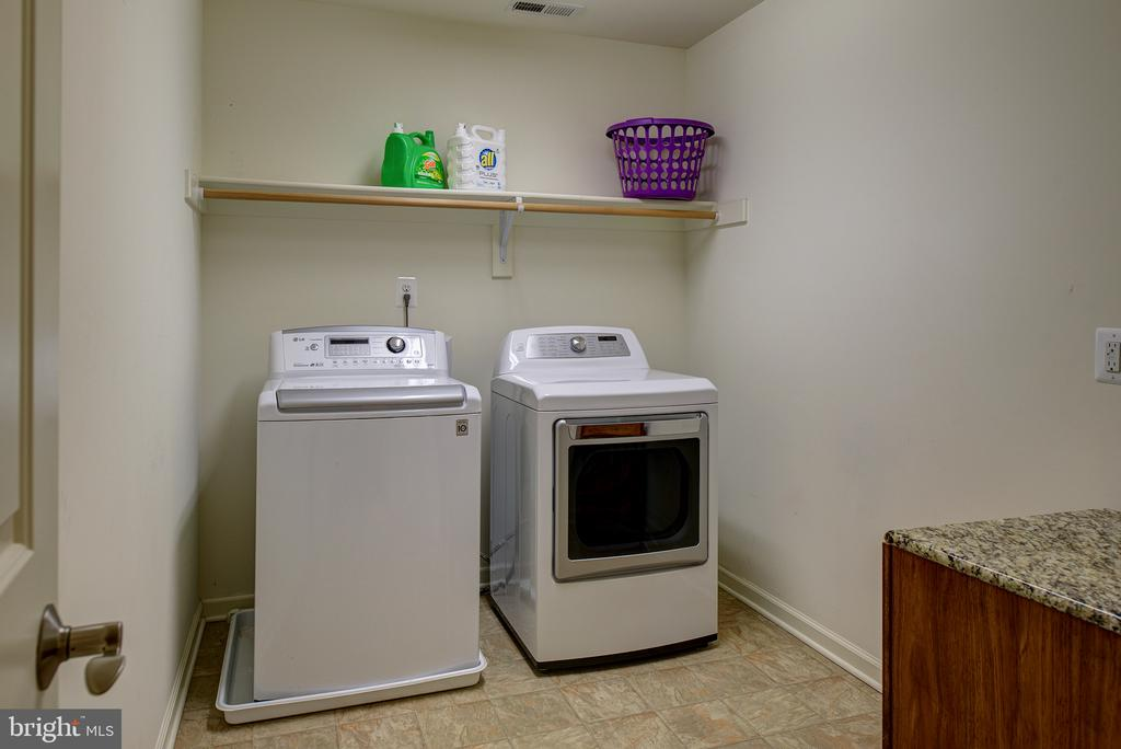 Large Upstairs Laundry Room - 16339 WOODGROVE RD, ROUND HILL