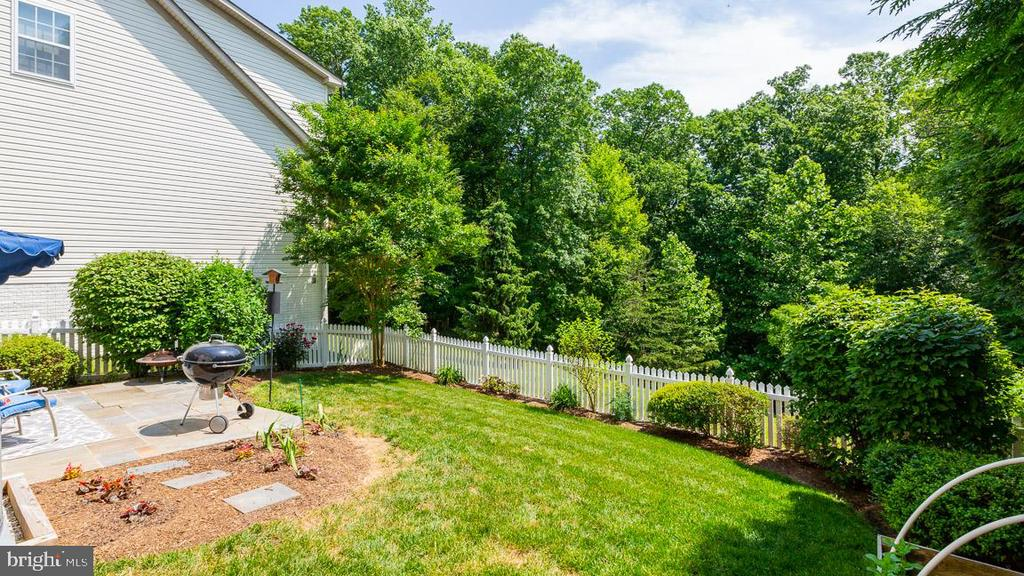 Fenced Rear Yard - 9413 PRIMROSE LN, MANASSAS PARK