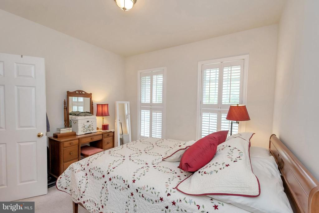 Bedroom 2 - 1400 LAKEVIEW PKWY, LOCUST GROVE