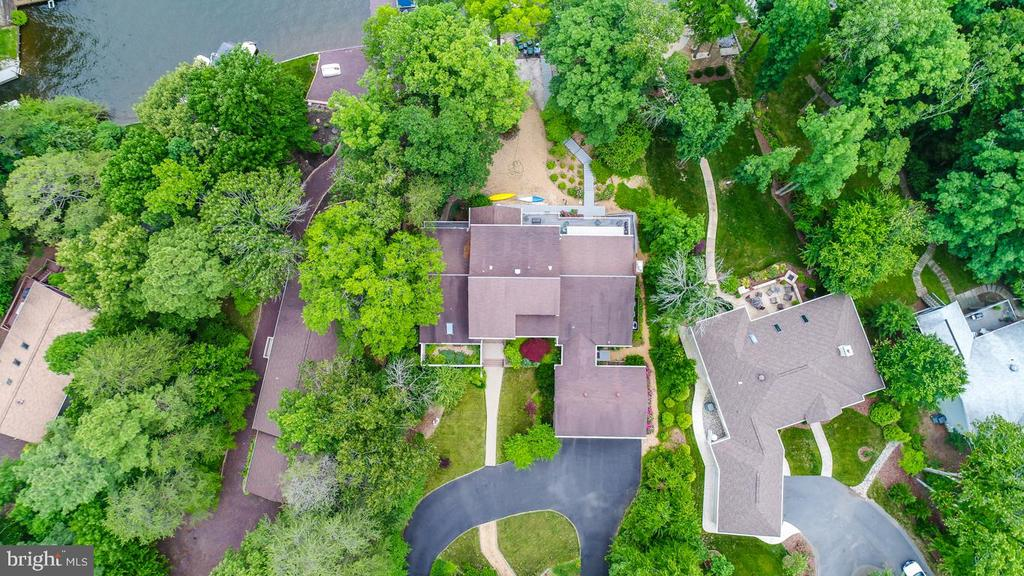 Aerial - 615 LAKEVIEW PKWY, LOCUST GROVE