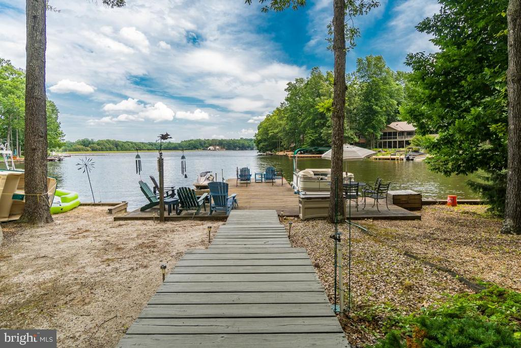 Water view - 615 LAKEVIEW PKWY, LOCUST GROVE