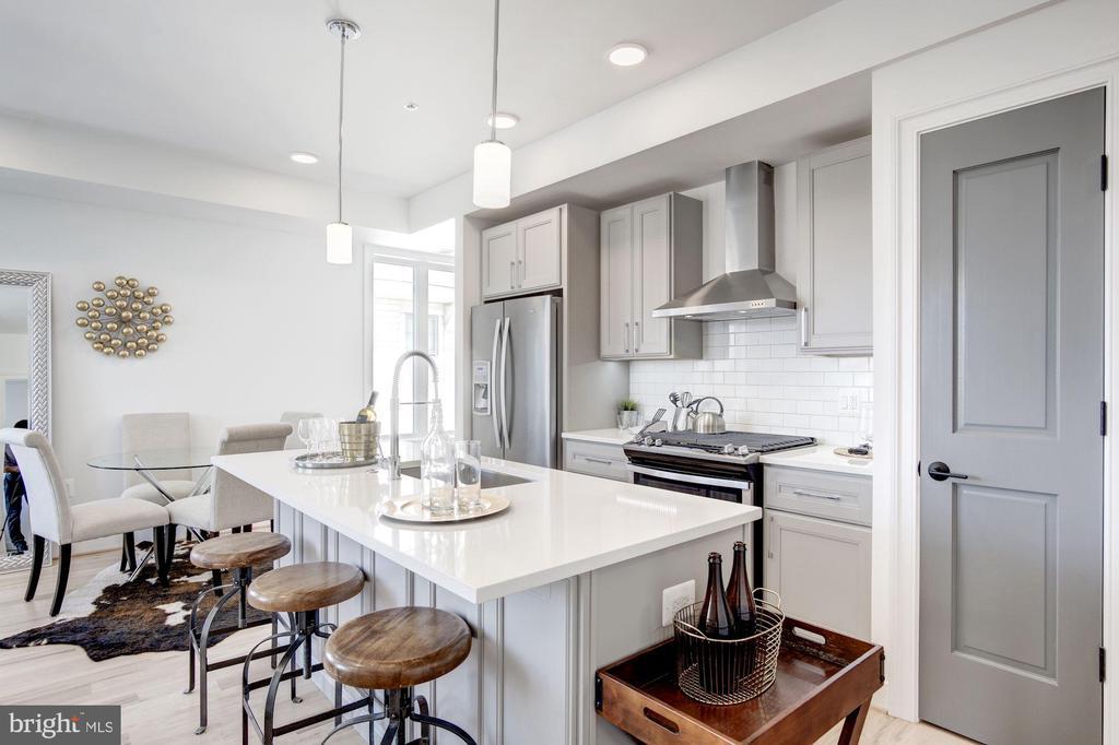 Large kitchen - photo of similar unit in bldg - 1005 BRYANT ST NE #4, WASHINGTON