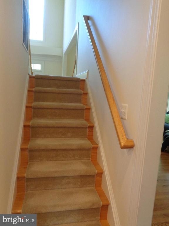 Double Staircase off the Kitchen and Foyer - 4524 MOSSER MILL CT, WOODBRIDGE