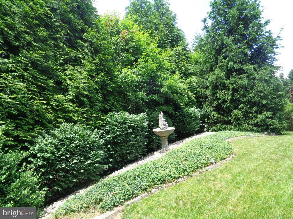 Quiet Peaceful Landscaped Backard - 4524 MOSSER MILL CT, WOODBRIDGE