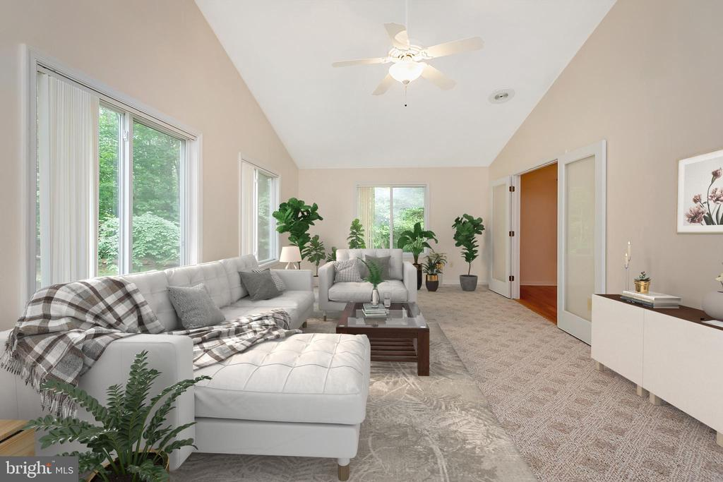Virtually Staged Sunroom - 118 JEFFERSON AVE, LOCUST GROVE