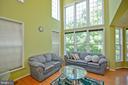 Two Story Living Room - 42922 PARK BROOKE CT, BROADLANDS