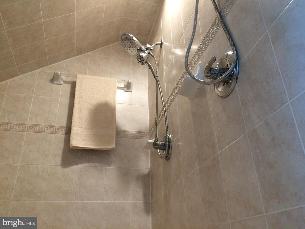 Master bath shower - 12302 HUNGERFORD MANOR CT, MONROVIA