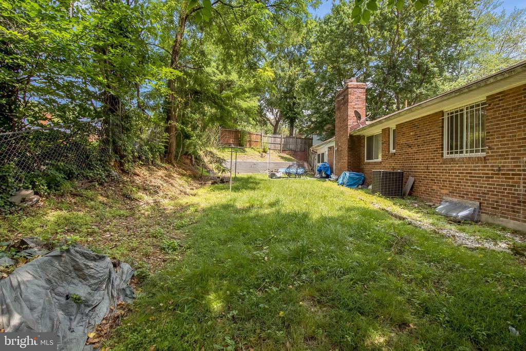 - 2418 FOSTER PL, TEMPLE HILLS