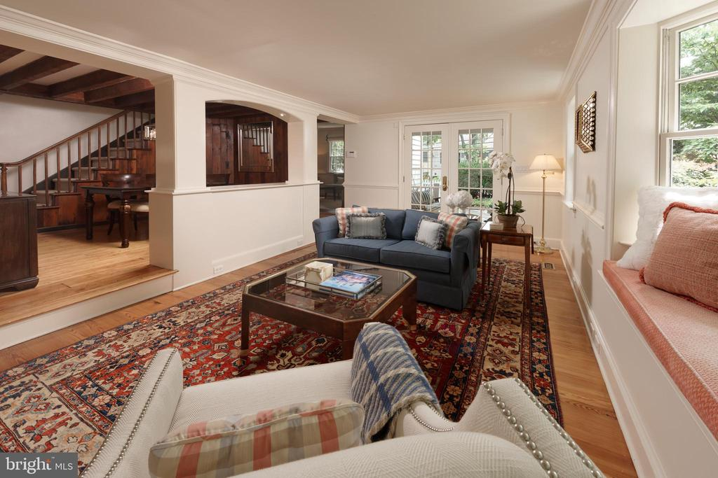 French doors open to the serene patio oasis - 639 S SAINT ASAPH ST, ALEXANDRIA