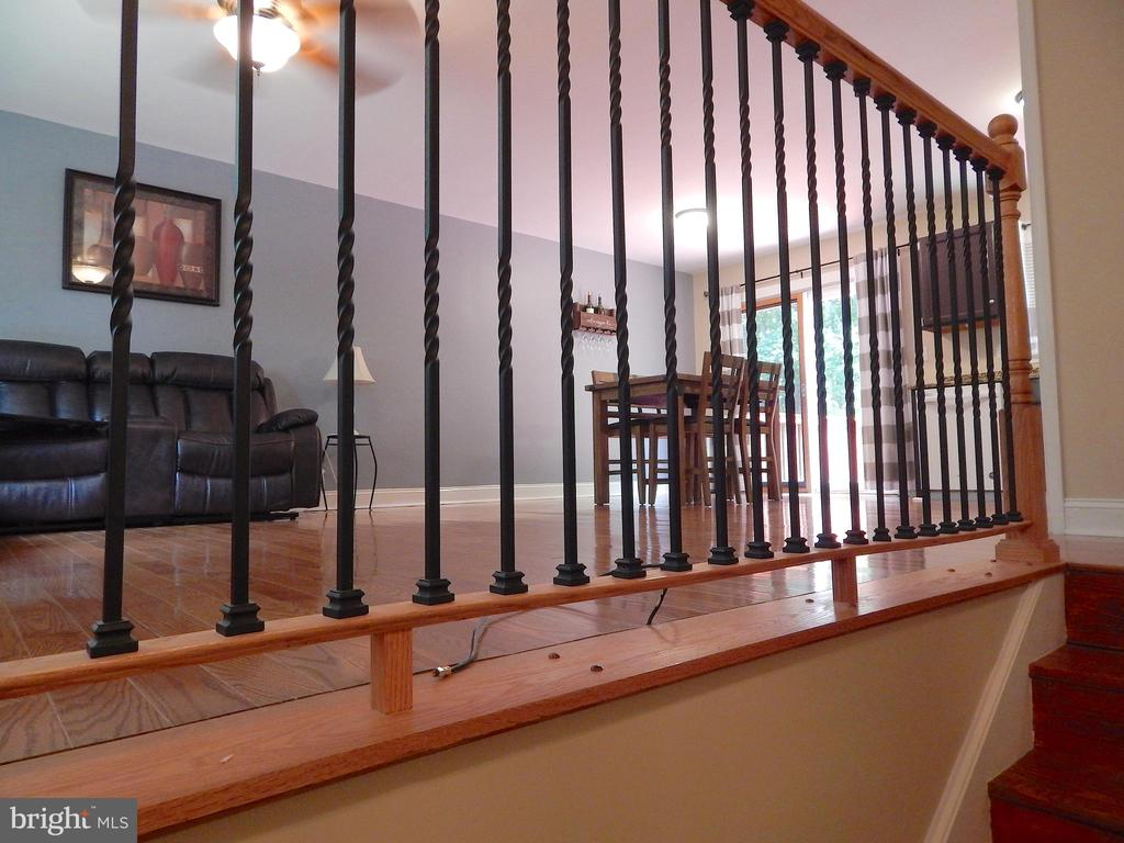 Upgraded metal railing, wood floors - 340 ALBANY ST, FREDERICKSBURG