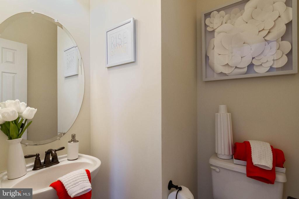 Powder Room - 17378 HOT SPRINGS WAY, DUMFRIES