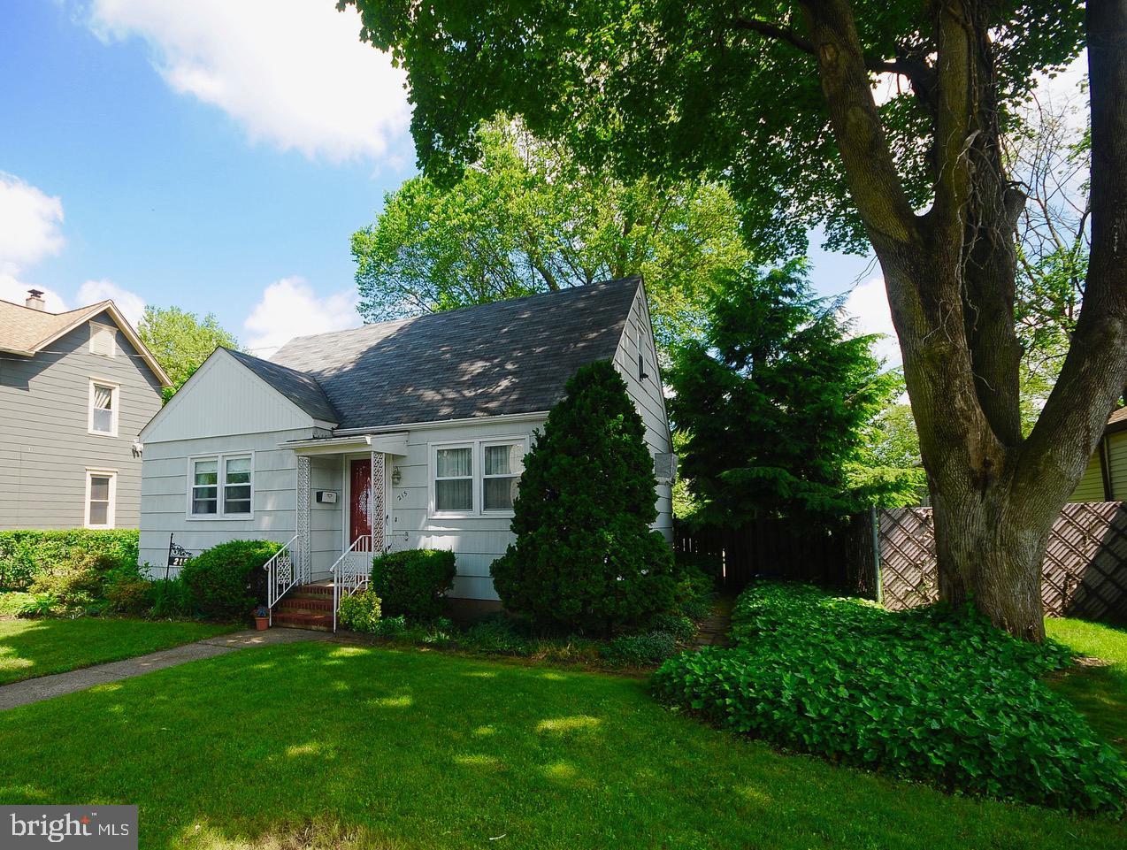 Maison unifamiliale pour l Vente à Florence, New Jersey 08518 États-Unis