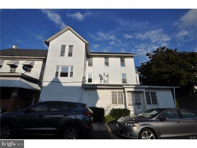 Triplex for Sale at Bangor, Pennsylvania 18013 United States