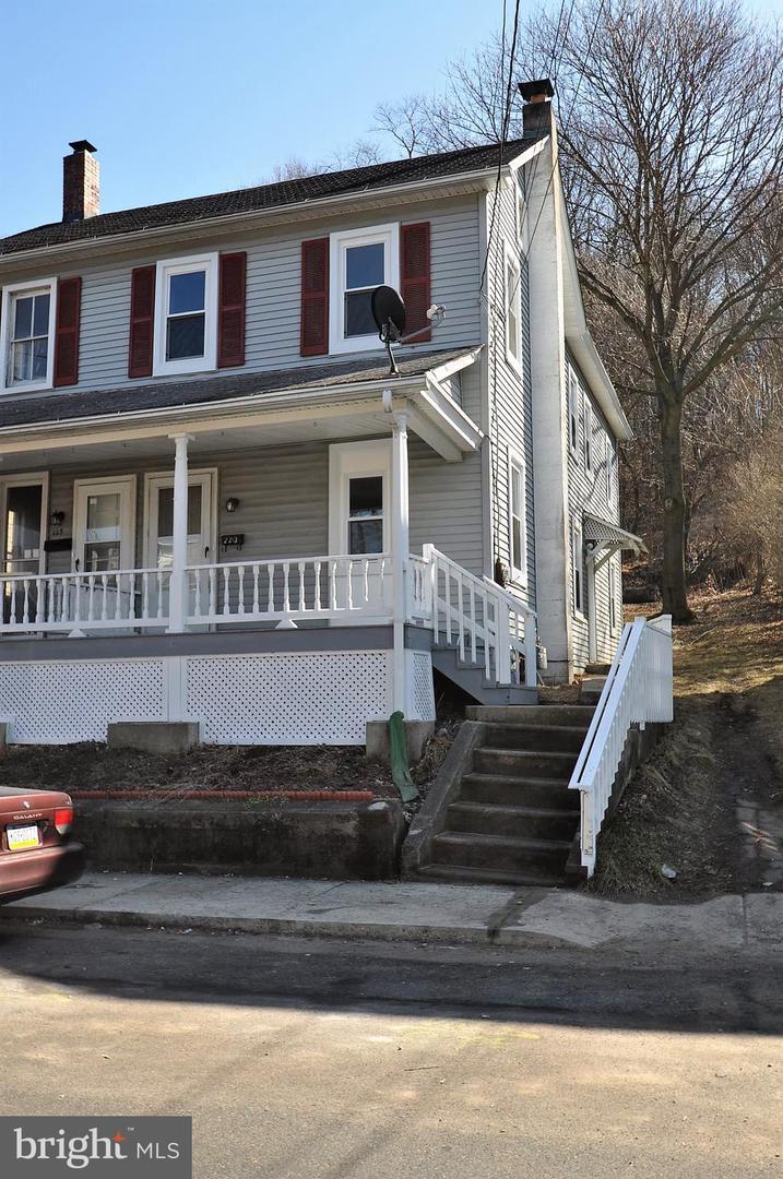 Duplex Homes for Sale at Bangor, Pennsylvania 18013 United States