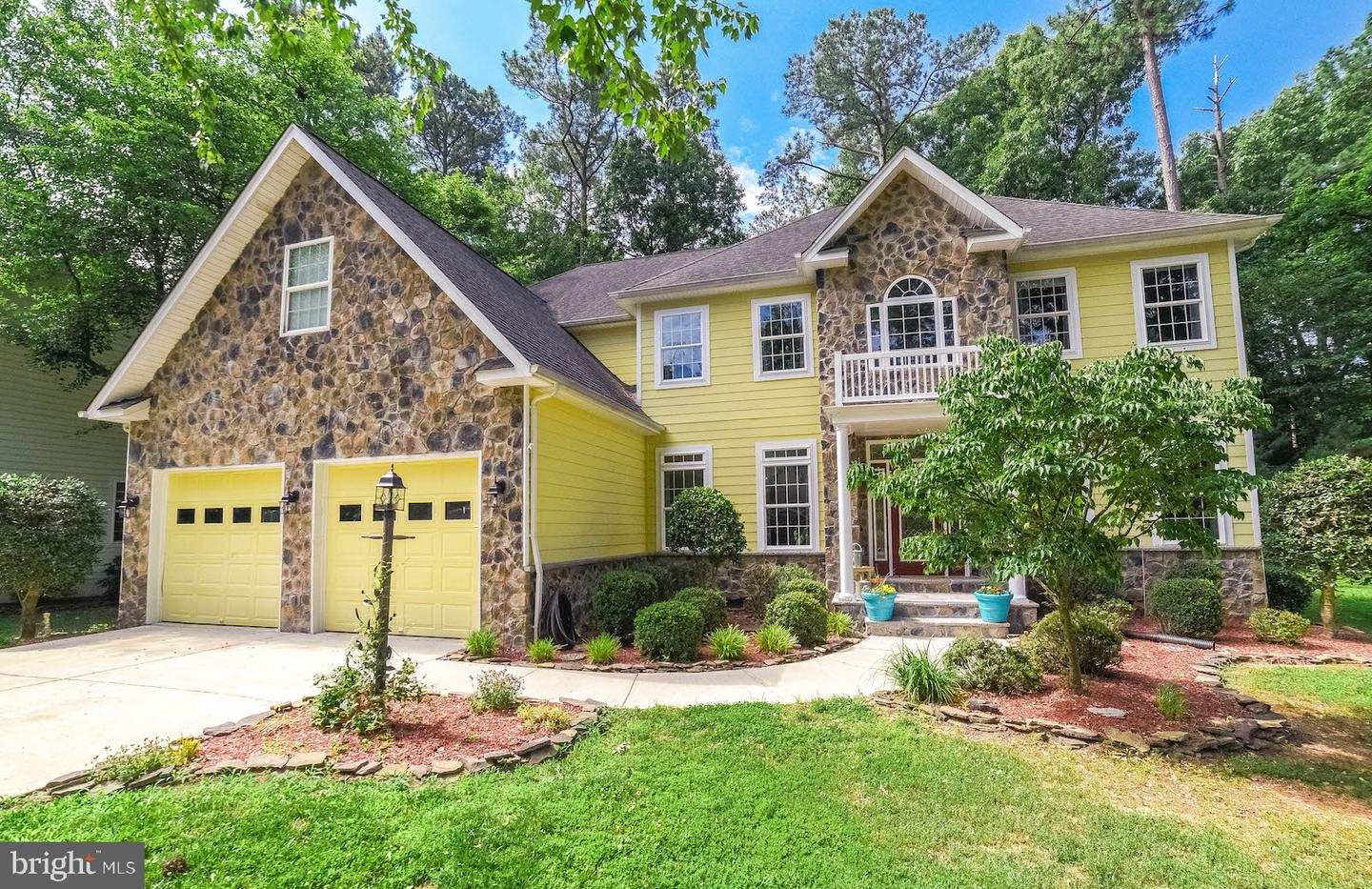 Single Family for Sale at 14585 Honeysuckle Way Swan Point, Maryland 20645 United States
