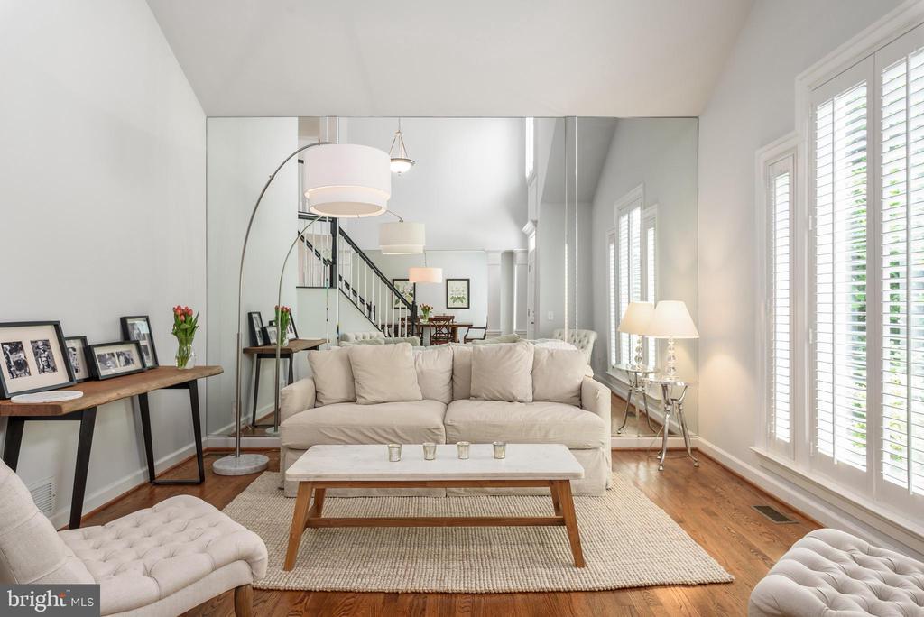 Living Room - 43365 WAYSIDE CIR, ASHBURN