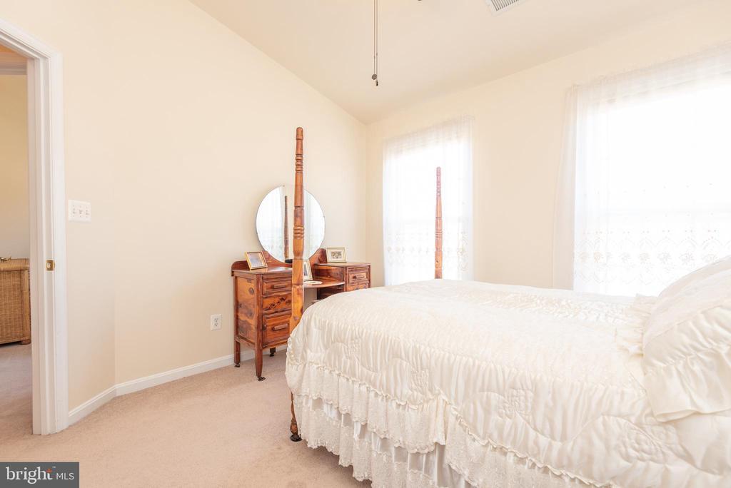 2nd Bedroom - 21893 HAWKSBURY TER, BROADLANDS