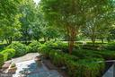 Front Gardens - 21051 ST LOUIS RD, MIDDLEBURG