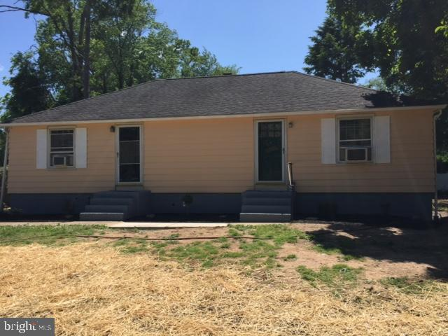 Duplex for Sale at West Windsor, New Jersey 08540 United States