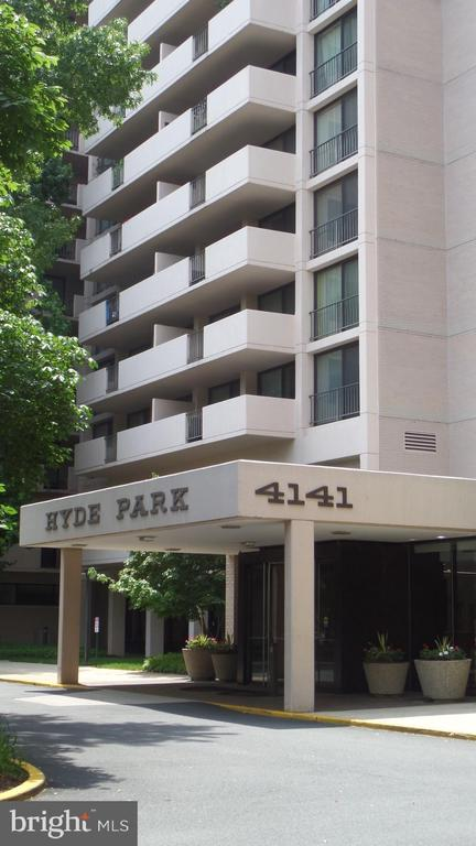 4141 Henderson Rd - 4141 N HENDERSON RD #715, ARLINGTON