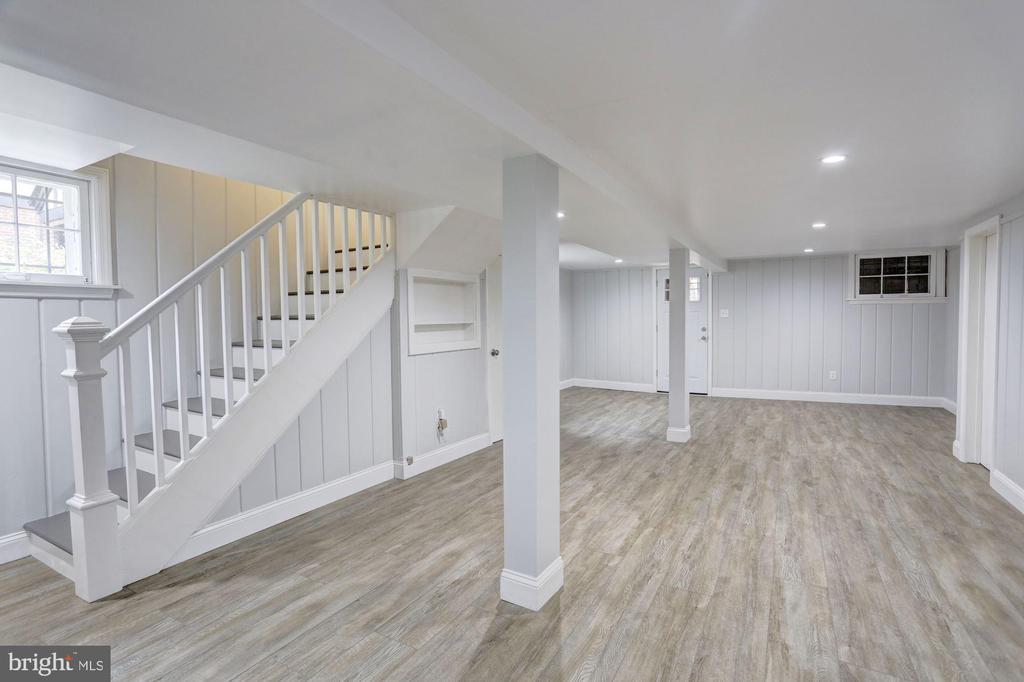 With Luxury Vinyl Plank Flooring - 4310 18TH ST NW, WASHINGTON