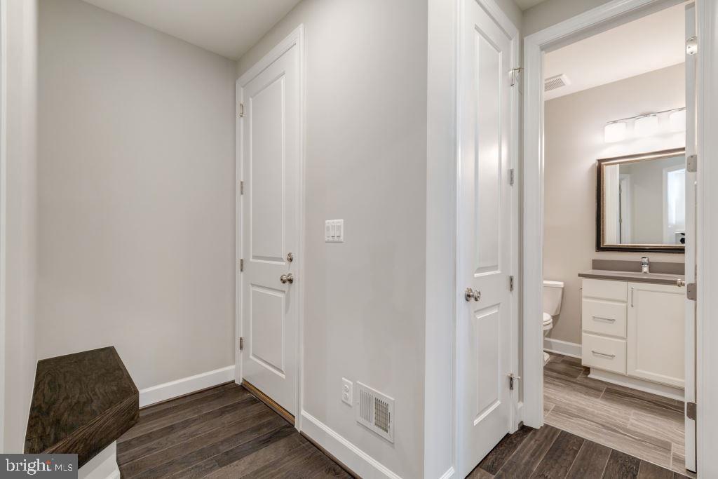 Mudroom and Powder Room - 10710 HARLEY RD, LORTON