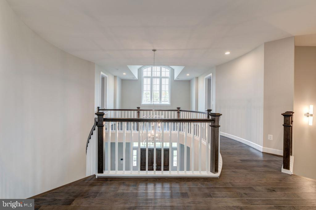 Upper Level Stair Landing, Upper Hall - 10710 HARLEY RD, LORTON