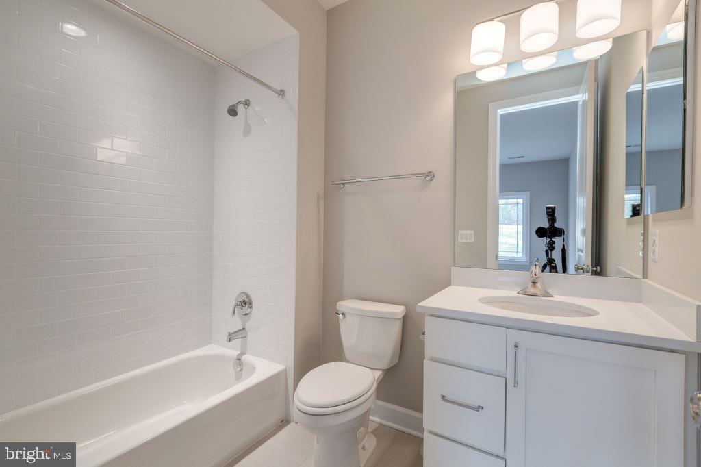 Upper Level Full Bathroom#3 - 10710 HARLEY RD, LORTON