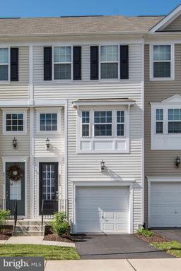 8342 HERITAGE CROSSING CT #42
