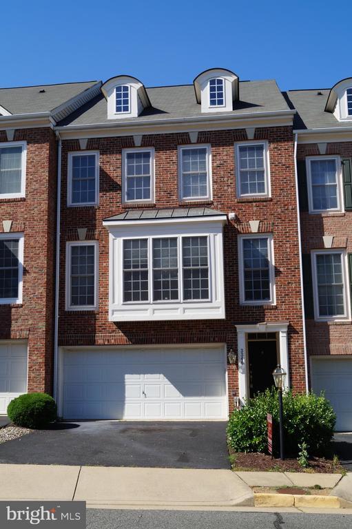 Franconia Homes for Sale -  TLC,  3346  WILTON CREST COURT