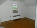 Sitting Area or Dressing Area of Bedroom #1 - 117 POLK AVE, FRONT ROYAL