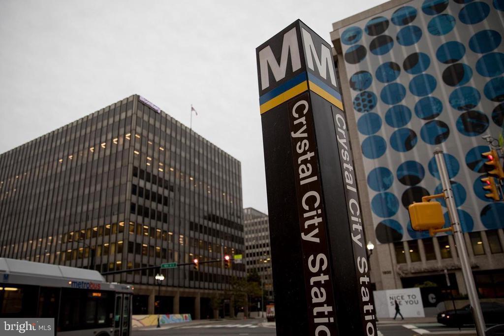 15 Minute walk to Crystal City Metro - 2020 S KENT ST, ARLINGTON