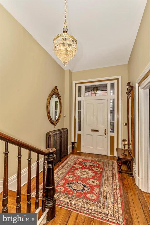 Entry Foyer - 118 E CHURCH ST, FREDERICK