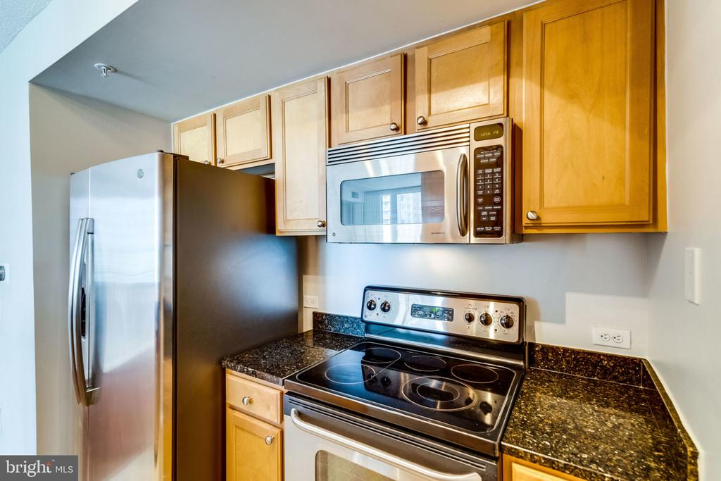 Kitchen - 880 N POLLARD ST #602, ARLINGTON