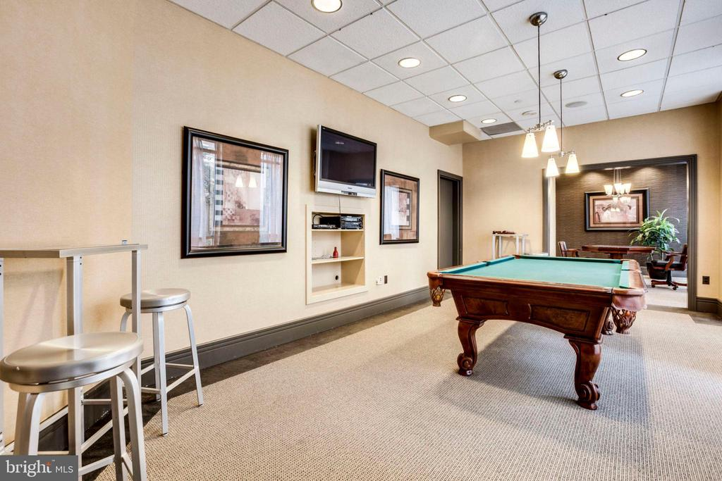 Billiard and Card Room - 880 N POLLARD ST #602, ARLINGTON