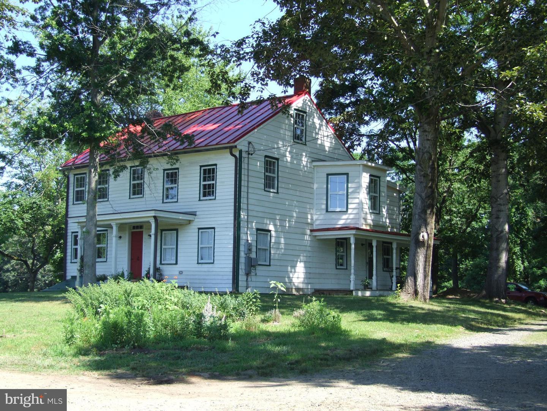 single family homes для того Продажа на Chesterfield, Нью-Джерси 08515 Соединенные Штаты