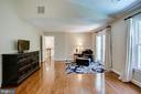 Master suite sitting area - 1298 STAMFORD WAY, RESTON